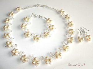 "Bijuterii set ""Cream Luxury"", Swarovski® elements"