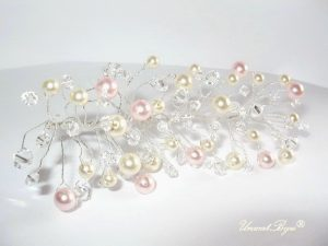 "Ac de par ""Rose Cream"", Swarovski Elements"