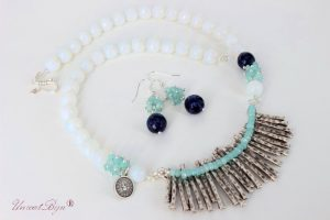"Bijuterii ""Opalescent Blue"""