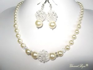 "Bijuterii set ""Ivory Glow"", Swarovski Elements"