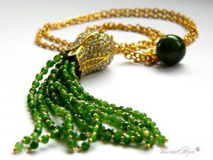 colier lant lung, ciucure jad verde