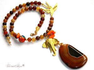 colier-agat-de-foc-bijuterii-semipretioase-unicat-pandantiv-elefant-aurit-bijuterii-feng-shui-coral-portocaliu-unicatbiju