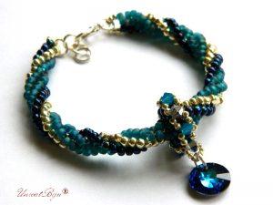 bratara-cristale-swarovski-bijuterii-unicat-statement-albastru-bermuda-blue-unicatbiju-cadouri-craciun