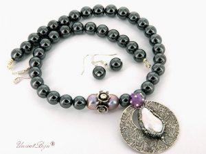 bijuterii-semipretioase-unicat-colier-hematit-masiv-perla-sidef-natural-pandantiv-masiv-argintat-martisor-unicatbiju