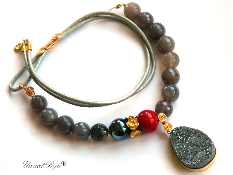 colier-piele-naturala-agat-gri-pandantiv-pirita-cuart-perle-murano-rosu-hematit-semipretioase-unicatbiju