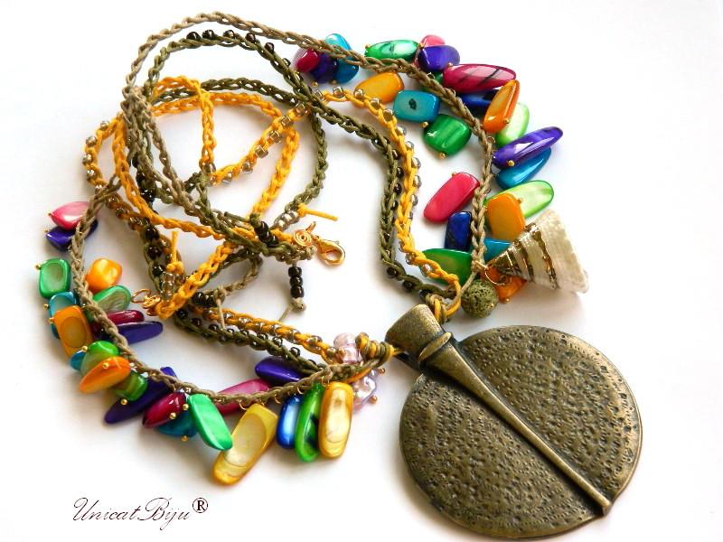 colier-statement-bijuterii-semipretioase-unicat-boho-style-sidef-multicolor-perle-snur-bumbac-bijuterii-eco-bronz-masiv-unicatbiju