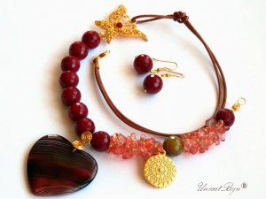 colier-fluture-aurit-bijuterii-semipretioase-unicat-jad-rosu-cuart-roz-piele-naturala-pandantiv-inima-agat-unicatbiju