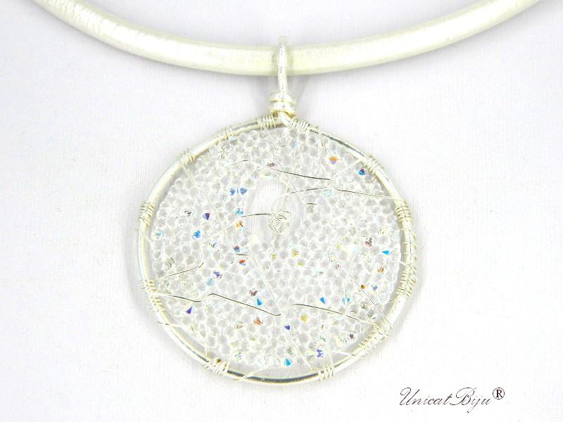 colier-cristale-swarovski-bijuterii-statement-pandantiv-mare-colier-piele-naturala-colan-unicatbiju-argintat-aurora-boreal-alb-perlat