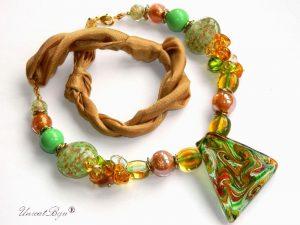 colier-perle-murano-bijuterii-matase-naturala-pandantiv-murano-foita-aur-statement-ocru-verde-unicatbiju