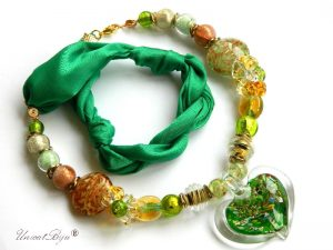 colier-perle-murano-bijuterii-matase-naturala-pandantiv-murano-foita-aur-statement-smarald-inima-unicatbiju