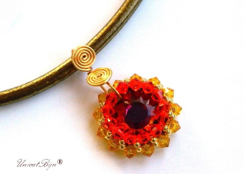 colier-cristale-swarovski-statement-red-magma-cercei-cristale-swarovski-snur-piele-naturala-colan-bijuterii-unicat-cadouri-craciun-unicatbiju