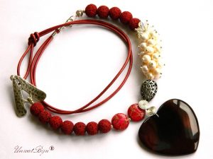 colier-lava-grena-perle-albe-sidef-piele-naturala-bijuterii-semipretioase-unicat-regalit-pandantiv-inima-agat-unicatbiju-opalit