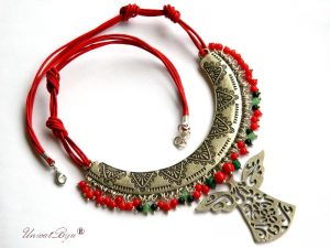 colier-statement-coral-rosu-aventurin-jad-pandantiv-inger-bijuterii-semipretioase-unicat-piele-naturala-unicatbiju