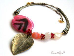 colier-agat-roz-cuart-roz-accesorii-bronz-bijuterii-semipretioase-unicatbiju-statement