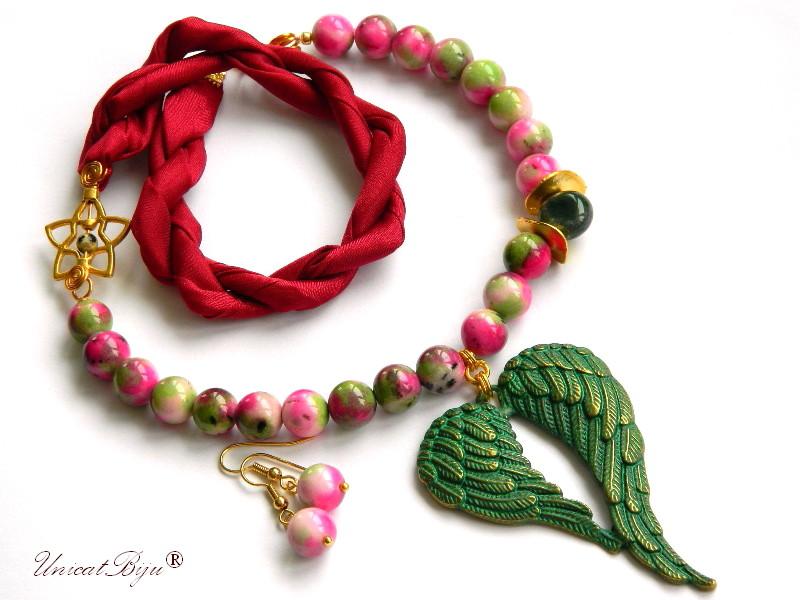 colier-jad-candy-grena-bijuterii-semipretioase-unicat-pandantiv-inima-verdigris-agat-matase-naturala-primavara-unicatbiju