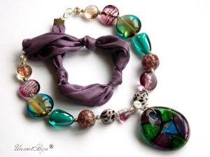 colier-perle-murano-bijuterii-matase-naturala-foita-argint-smarald-mov-unicatbiju