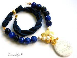 colier-agat-albastru-bijuterii-matase-naturala-pandantiv-agat-frosted-perle-semipretioase-unicatbiju