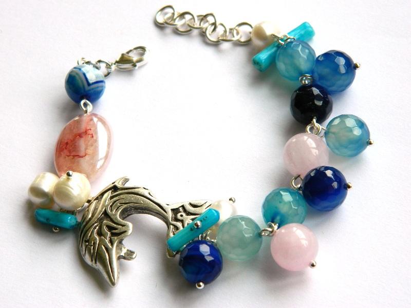 bratara-delfin-argintat-bijuterii-semipretioase-unicat-agat-albastru-perle-cuart-roz-unicatbiju