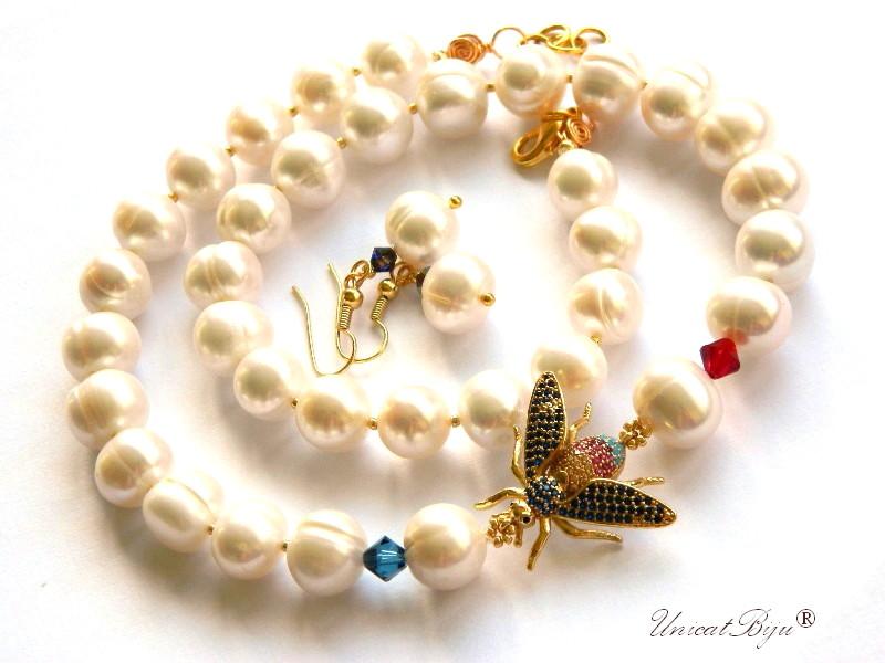 colier-perle-albe-bijuterii-semipretioase-unicat-statement-albina-aurita-cristale-swarovski-cercei-perle-mari-unicatbiju