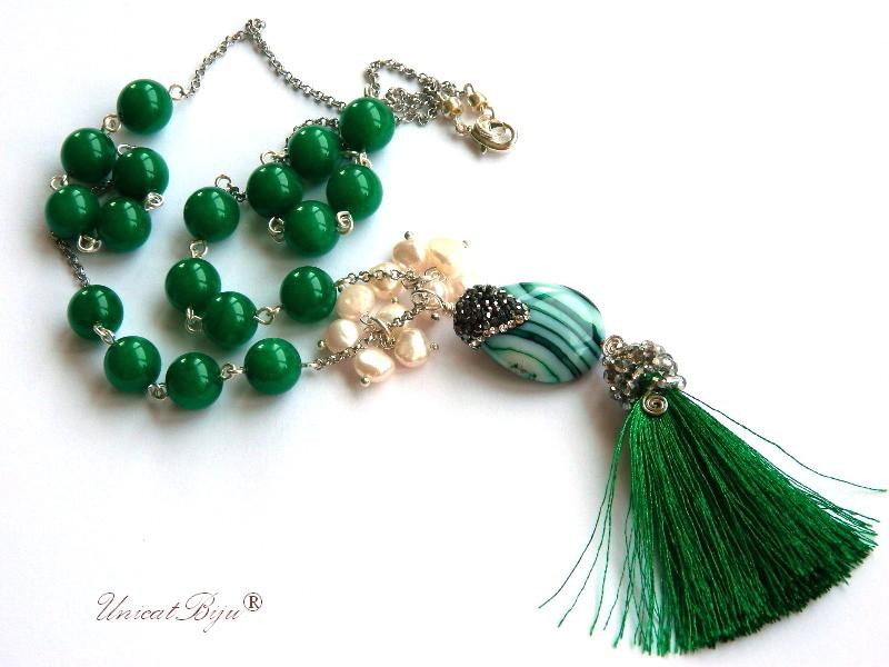 colier statement, ciucure matase verde, jad verde, bijuterii semipretioase unicat, perle, sidef natural, unicatbiju