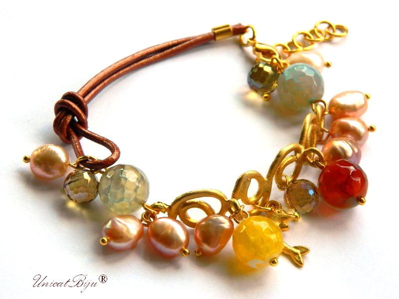 bratara statement, bijuterii semipretioase unicat, perle, agat, delfin aurit, piele naturala, galben, bronz, unicatbiju