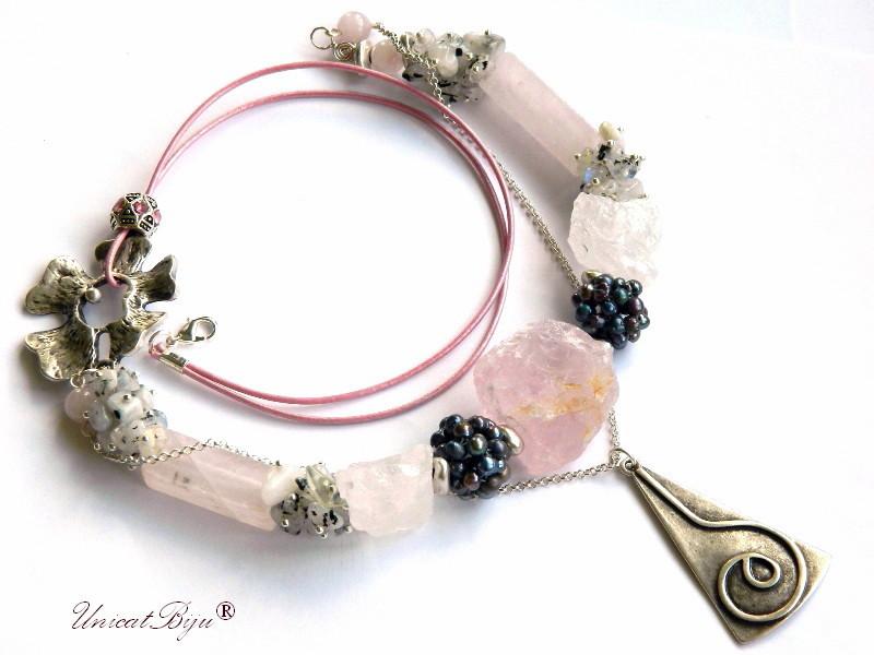 colier cuart roz brut, bijuterii semipretioase unicat, perle negre, opal albastru radacina, unicatbiju