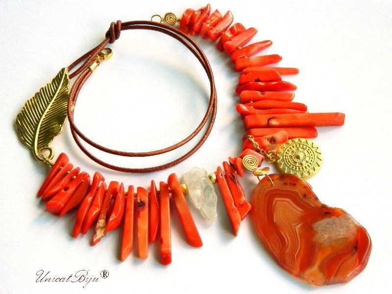 colier statement, bijuterii semipretioase unicat, coral orange masiv, acvamarine brut, agat geoda, frunza aurita, unicatbiju