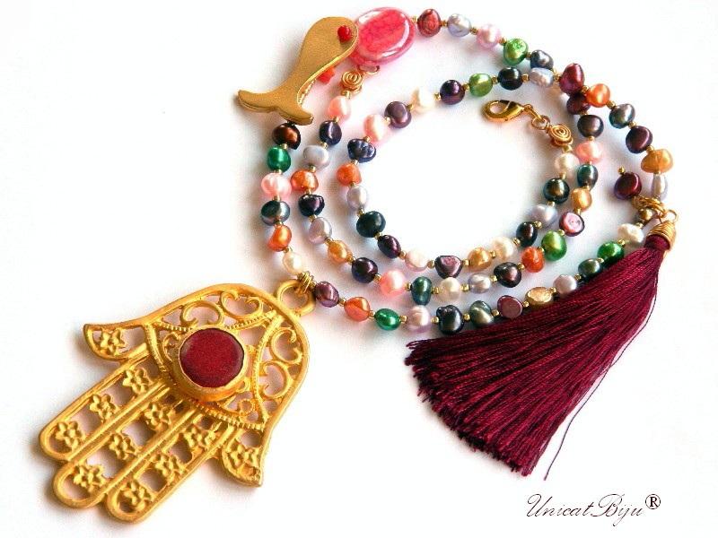 colier statement, perle cultura multicolore, bijuterii semipretioase unicat, mana fatimei aurita, rubin radacina, ciucure matase, unicatbiju