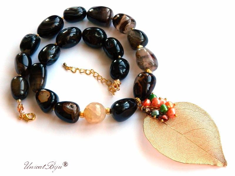 colier agat botswana, bijuterii semipretioase unicat, perle cultura multicolore, frunza filigran aurit, unicatbiju