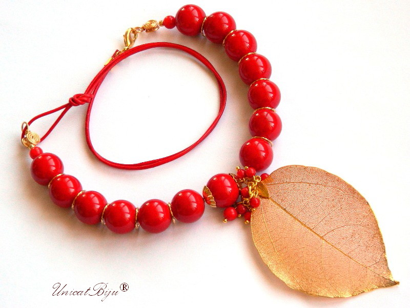 colier statement, perle mallorca rosii mari, bijuterii semipretioase unicat, coral, frunza aurita, unicatbiju