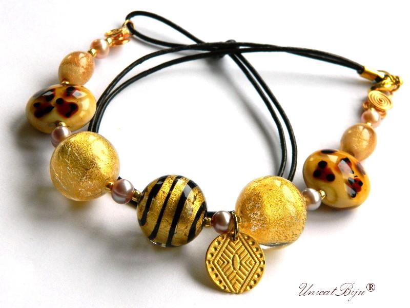 colier perle murano, bijuterii statement, aurit, ambra, auriu, perle foita aur, piele naturala, unicatbiju