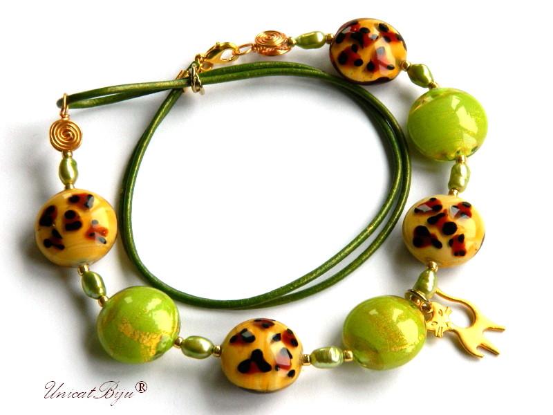 colier perle murano, bijuterii statement, pisica aurita, verde, perle foita aur, piele naturala, unicatbiju