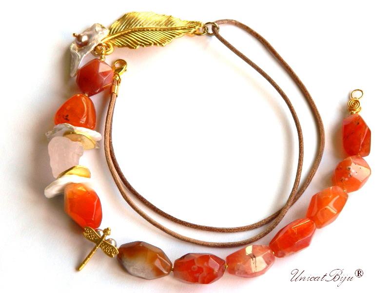 colier sardonix, perle keishi, bijuterii semipretioase unicat, cuart roz brut, libelula aurita, unicatbiju