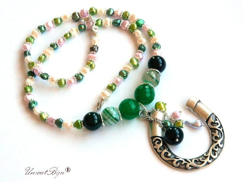 colier perle lung, potcoava argintata, bijuterii semipretioase unicat, jad verde, agat, perle verzi, unicatbiju