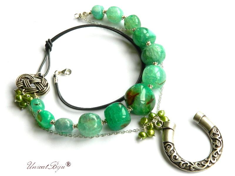 colier statement, agat masiv, bijuterii semipretioase unicat, perle verzi, potcoava argintata, unicatbiju
