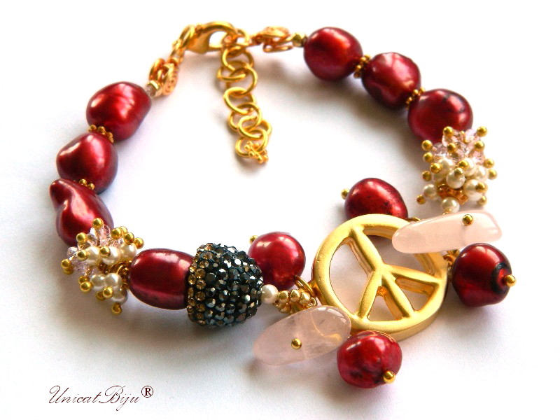 bratara statement, flower power, aurit, perle mari, sidef natural, burgundy, cuart roz, bijuterii semipretioase unicat, cristale, unicatbiju