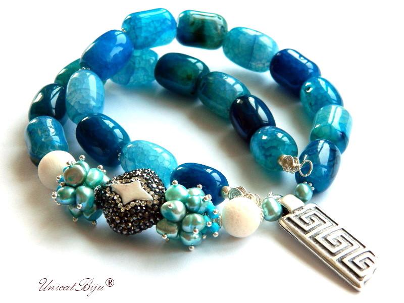 colier statement, agat masiv albastru, bijuterii semipretioase unicat, perle keshi, turcoaz, perle sidef natural, pandantiv grecesc, meandros, unicatbiju