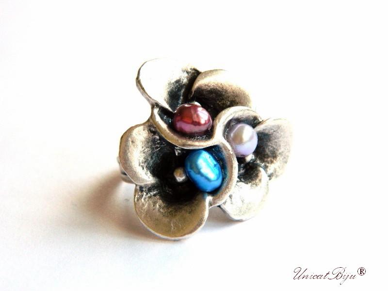 bijuterii semipretioase unicat, inel statement argintat, perle, sidef natural, perle albastre, perle bordeaux, unicatbiju
