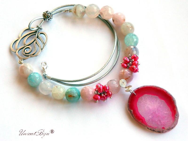 colier agat masiv, bijuterii semipretioase unicat, agat geoda, perle fuchsia, sidef natural, trandafir argintat, unicatbiju
