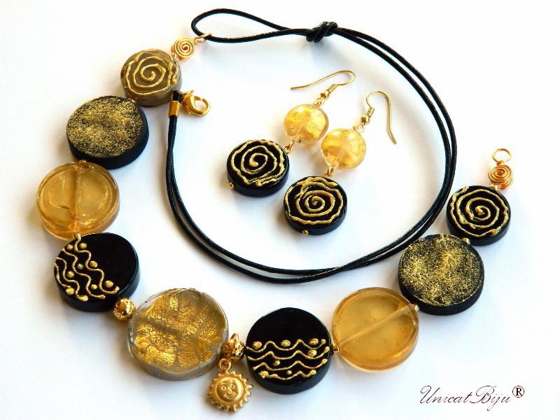 colier murano, statement, bijuterii unicat, soare aurit, pictat manual, negru, foita aur, unicatbiju