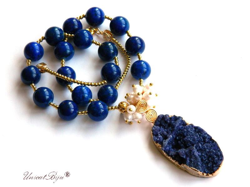 colier statement, lapis lazuli, bijuterii semipretioase unicat, pandantiv agat druzy, perle albe, sidef natural, hematit aurit, unicatbiju