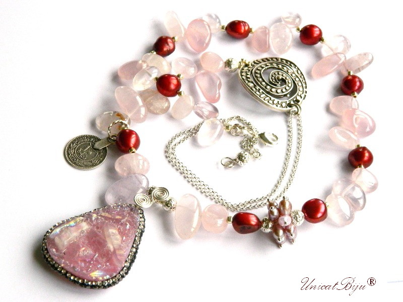colier statement, bijuterii semirpetioase unicat, cuart roz, perle keshi burgundy, perle mov, cuart titanium, salba argintata, unicatbiju