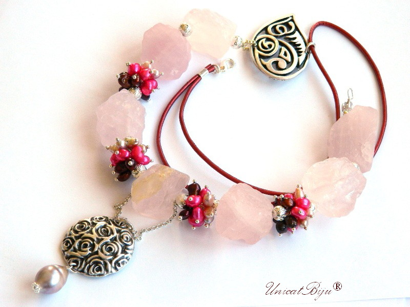 colier statement, cuart roz brut, perle fuchsia, sidef natural, bijuterii semipretioase unicat, perle keshi, salba argintata, unicatbiju
