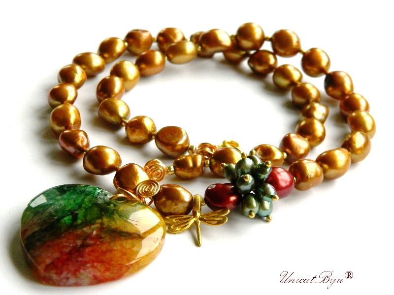colier statement, perle keshi aurii, bijuterii semipretioase unicat, perle verzi, libelula aurita, agat multicolor, unicatbiju