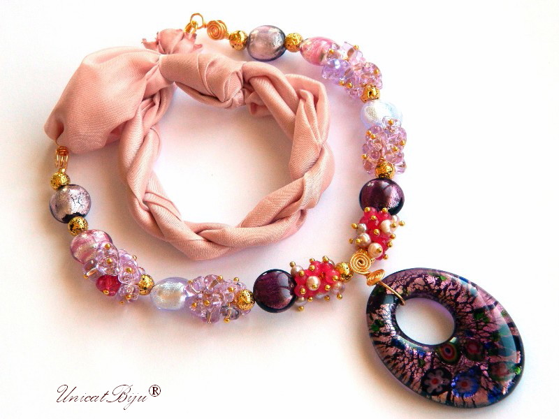 colier statement, perle murano foita aur, bijuterii matase naturala, bijuterii semipretioase unicat, perle sidef natural, jad roz, mov, pandantiv millefiori, unicatbiju