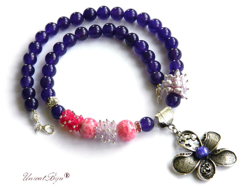 colier jad mov, bijuterii semipretioase unicat, perle mov, sidef natural, jad roz, ametist, floare argintata, keshi, unicatbiju