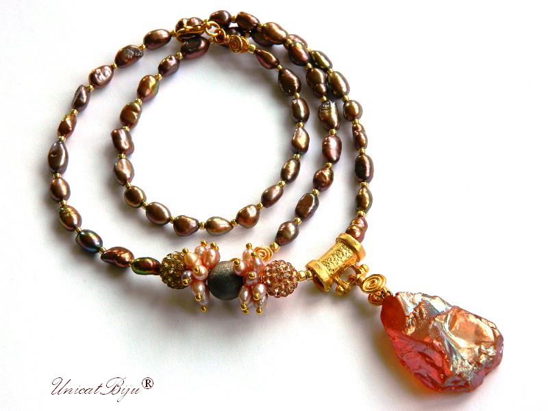 colier lung perle, bijuterii semipretioase unicat, statement, perle keshi, sidef natural, cuart titanium, rhinestone aurit, unicatbiju
