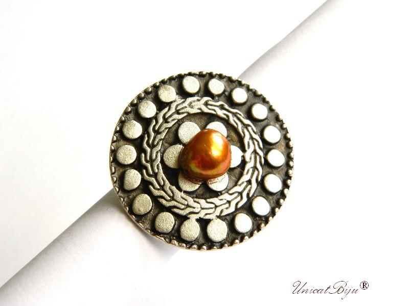 bijuterii semipretioase, inel statement, baza argintata reglabila, perle keshi multicolore, sidef auriu curcubeu, unicatbiju