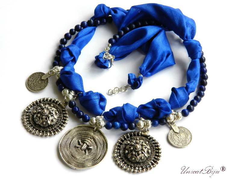 colier statement, matase naturala, salba argintata, lapis lazuli, bijuterii semipretioase unicat, ie romaneasca, unicatbiju