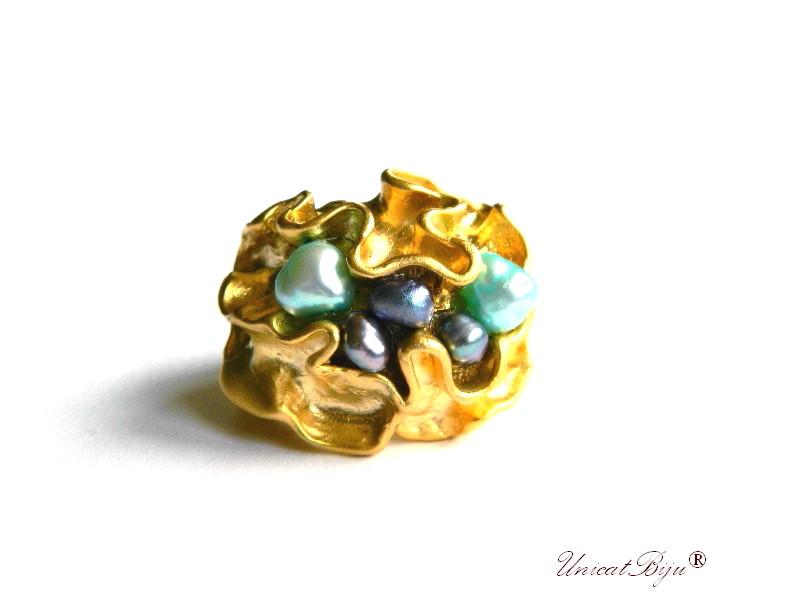 bijuterii semipretioase unicat, inel statement, inel baza reglabila, aurit, placat cu argint, perle keshi, perle multicolore, sidef natural, unicatbiju